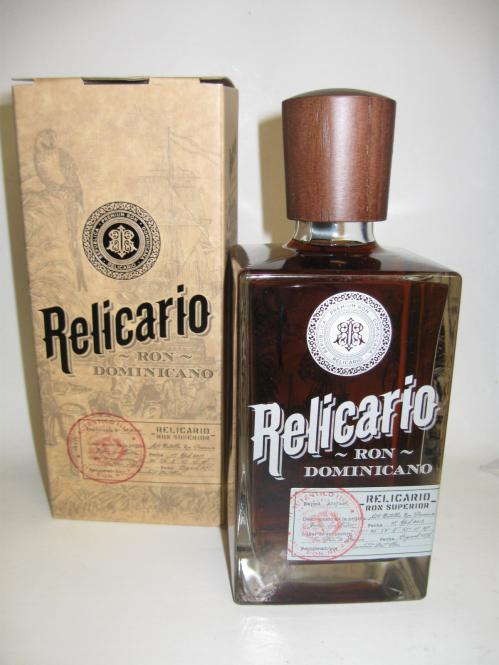 Ron Relicario Dominicano Superior